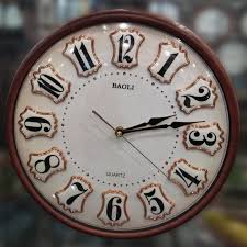 How to choose the right style clock for your home?