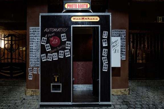 photo booth in old dark setting