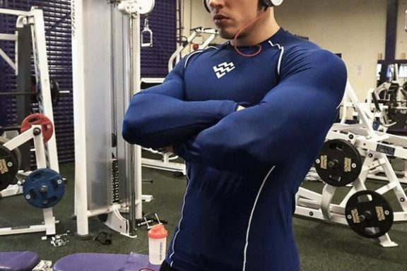 Advantages of Wearing Performance Enhancing Workout Wear